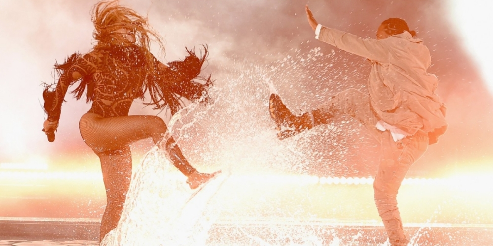062616-shows-BETA-Beyonce-Kendrick-Lamar-Perform